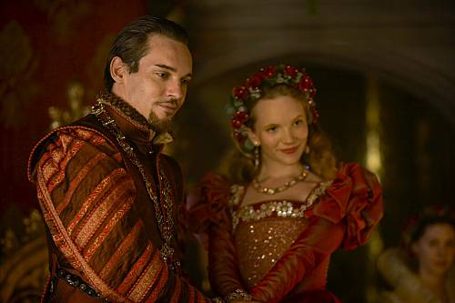 tudors4_Henry_and_catherine.jpg